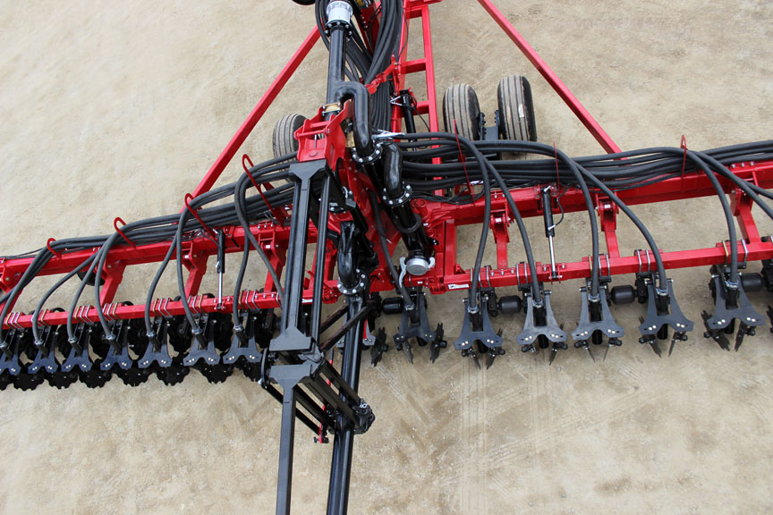 40 foot hydraulic manure injector